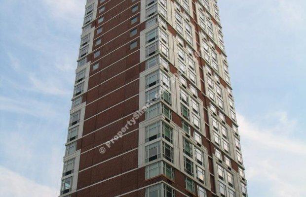 404 East 76th Street