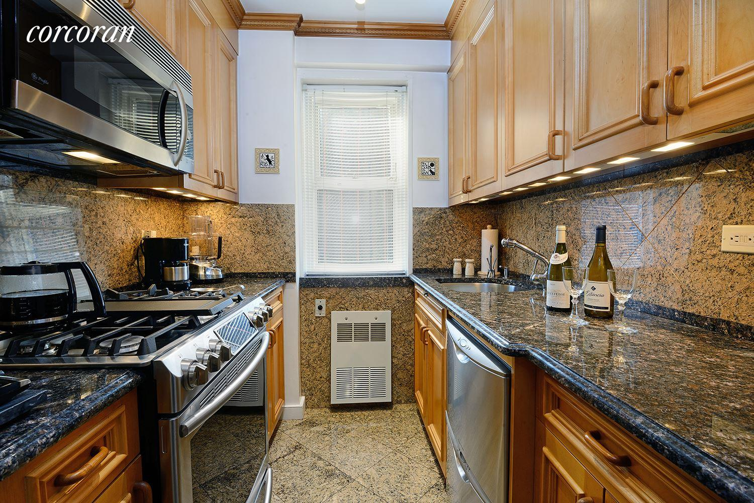 Kitchen cabinets 65th street brooklyn -  30 East 65th Street